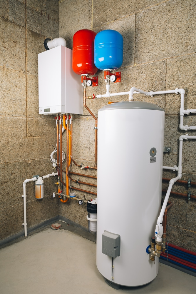 Traditional Water Heaters vs Tankless Water Heaters; Which is Better? - Water Heaters